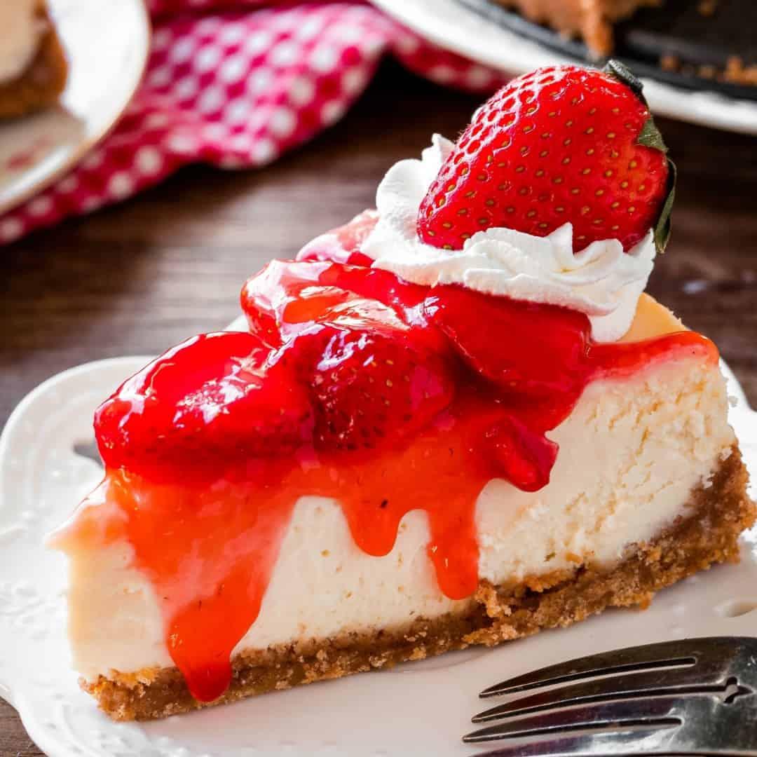 Keto Strawberry Cheesecake Getfitqueen.com